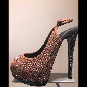Hi heel platform with Swarovski crystal